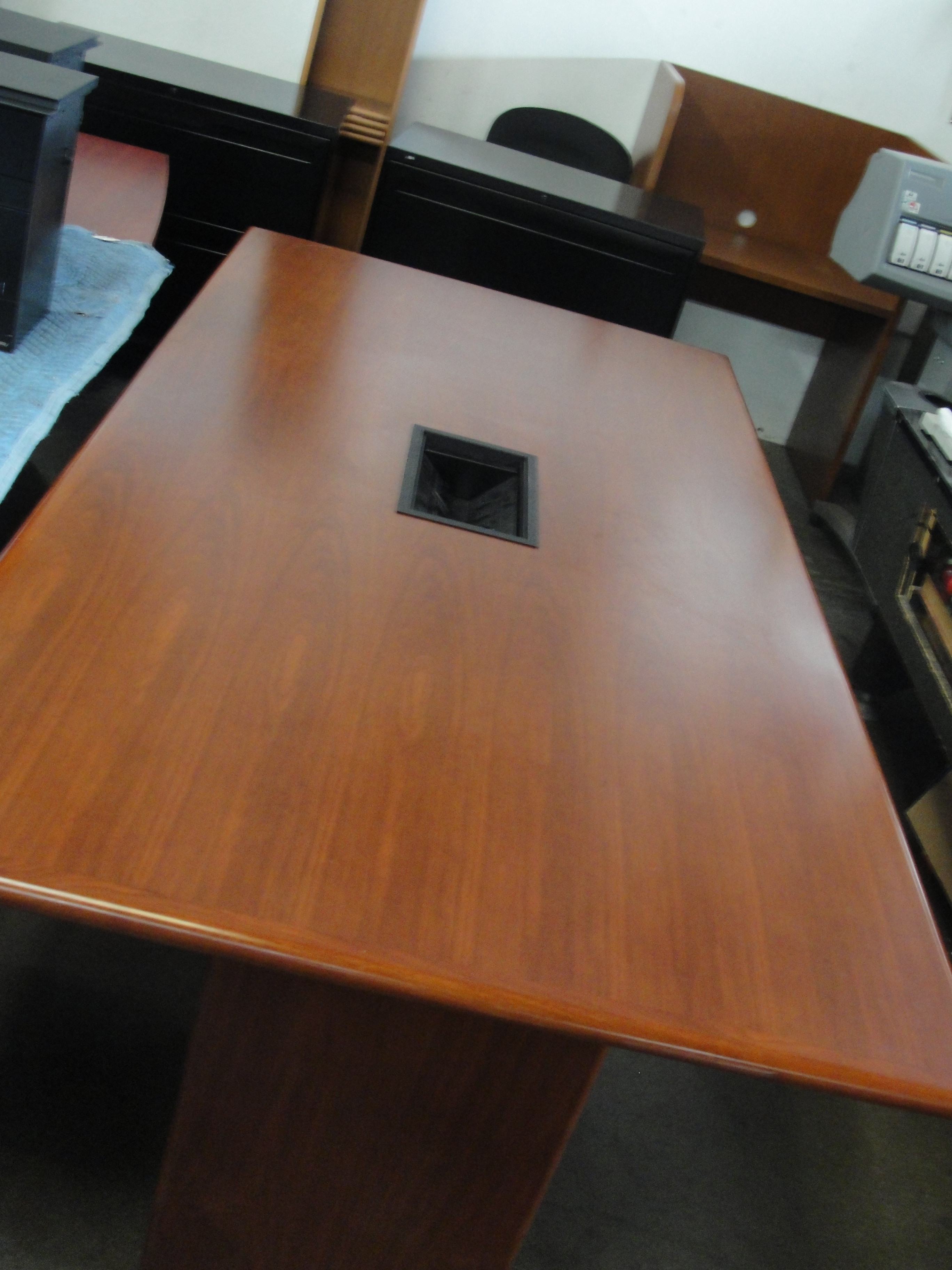 Real Wood Cherry Conference Table W Data Ports 8319 New