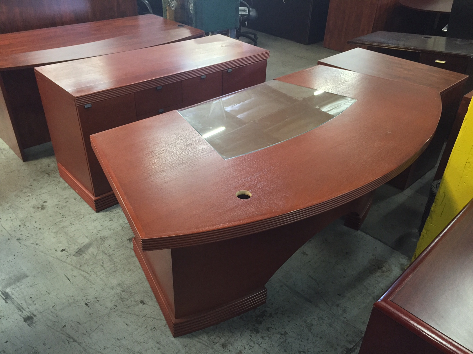 Cherry Desk Set 8493 New And Used Office Furniture In Los Angeles And Orange County