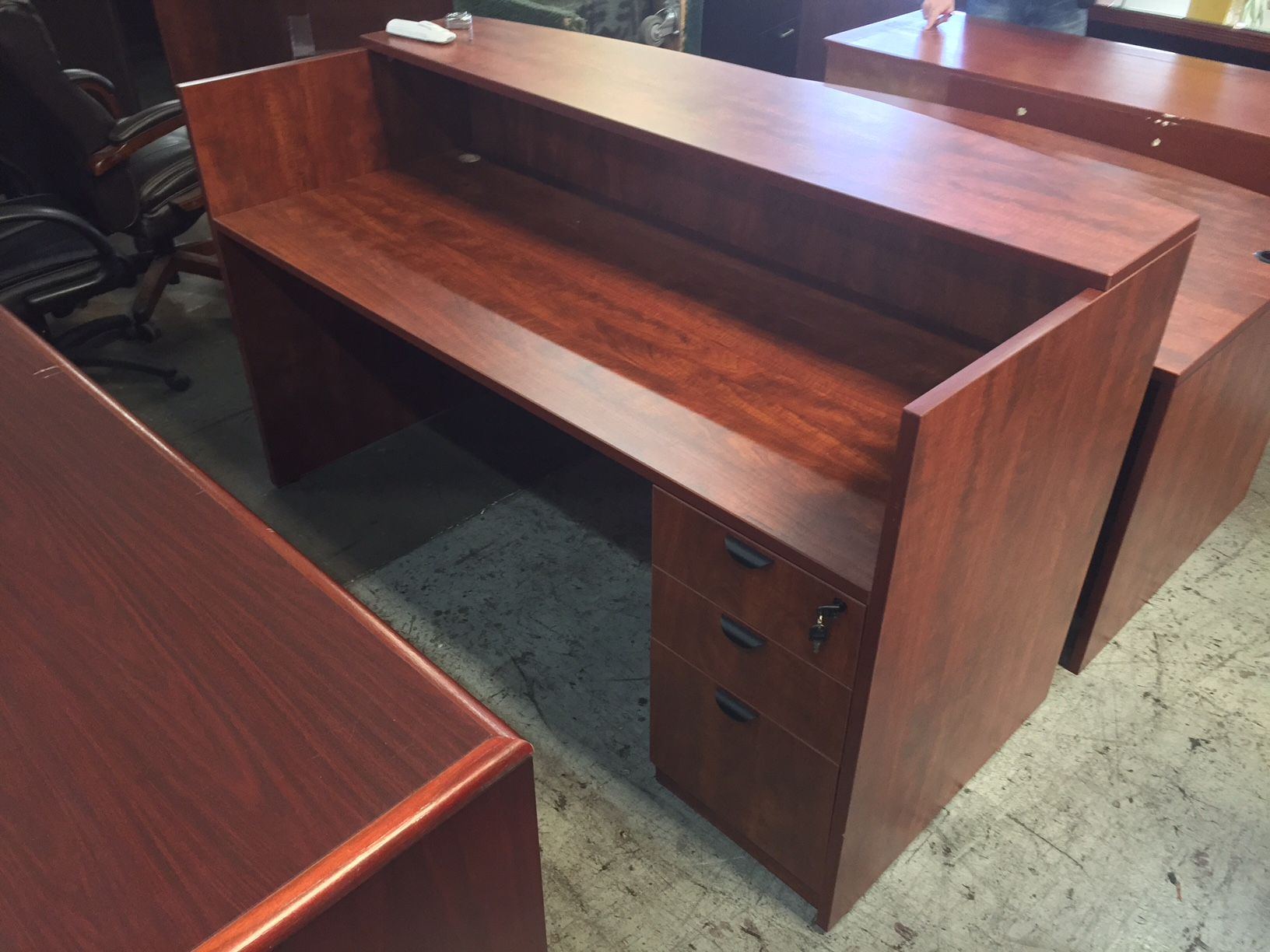 Cherry Reception Desk 8492 New And Used Office Furniture In Los Angeles And Orange County