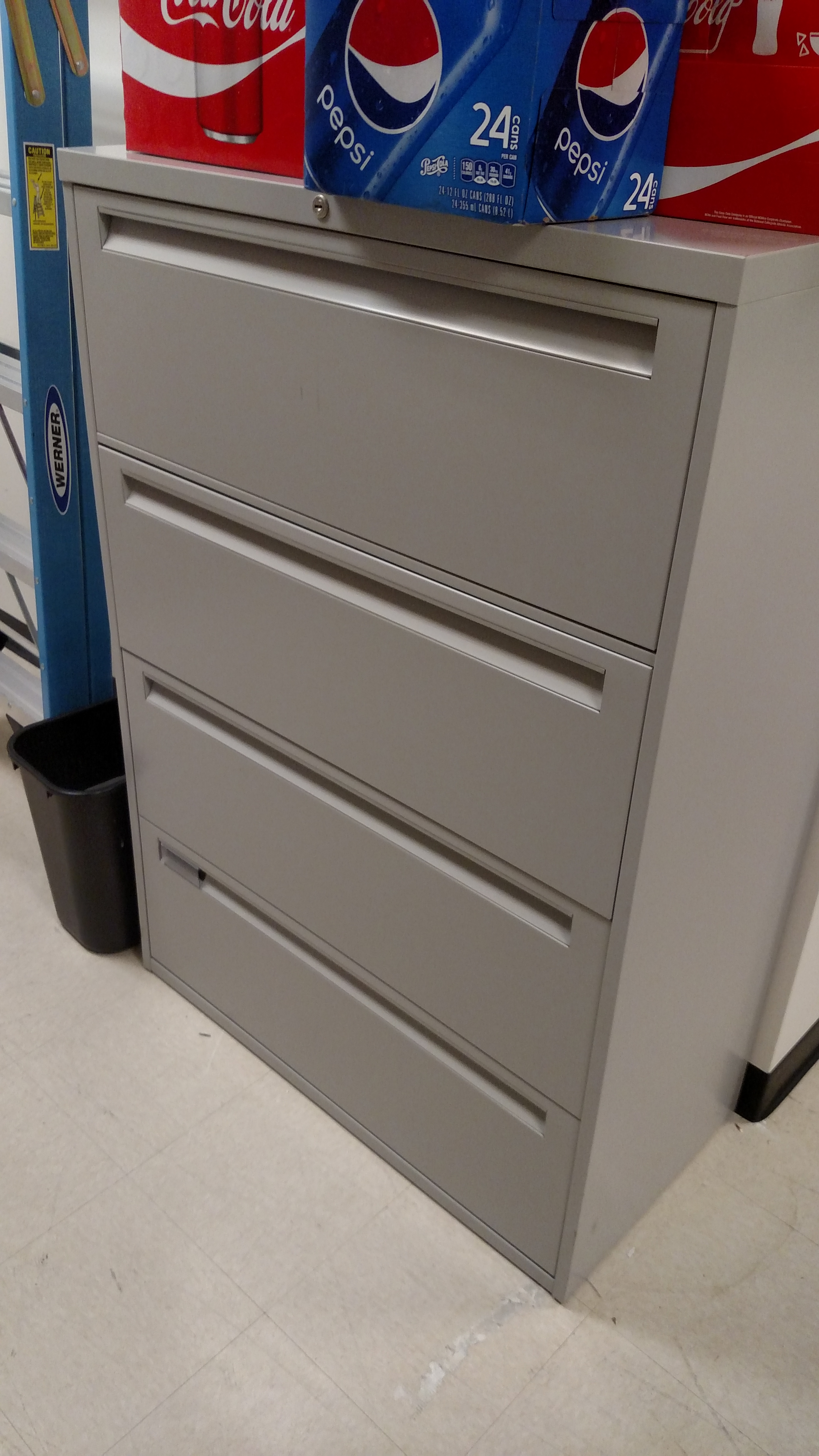 4 Drawer Steelcase Lateral File Cabinet 8512