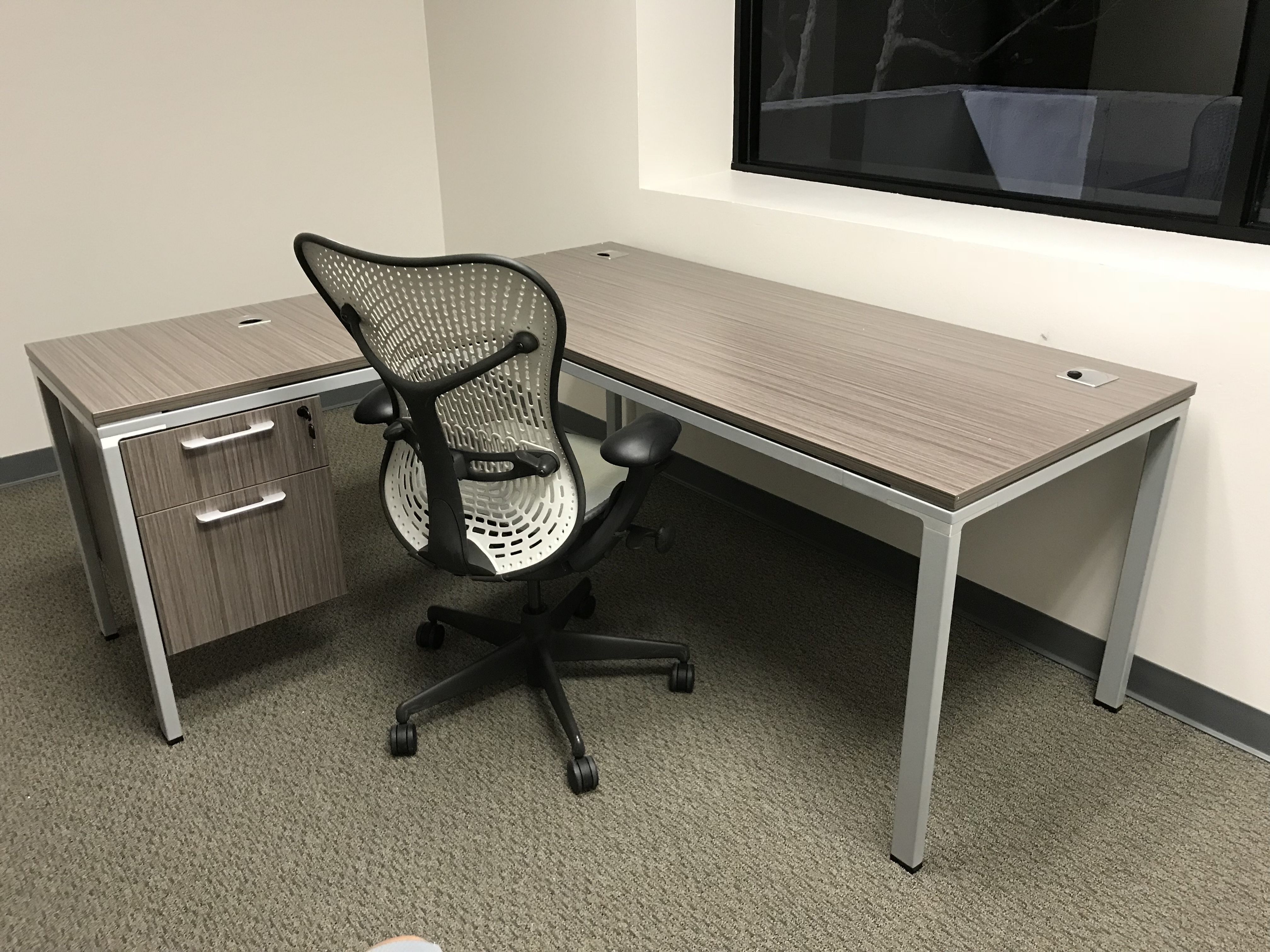 New Driftwood Simple System L Shape Desk By Boss New And